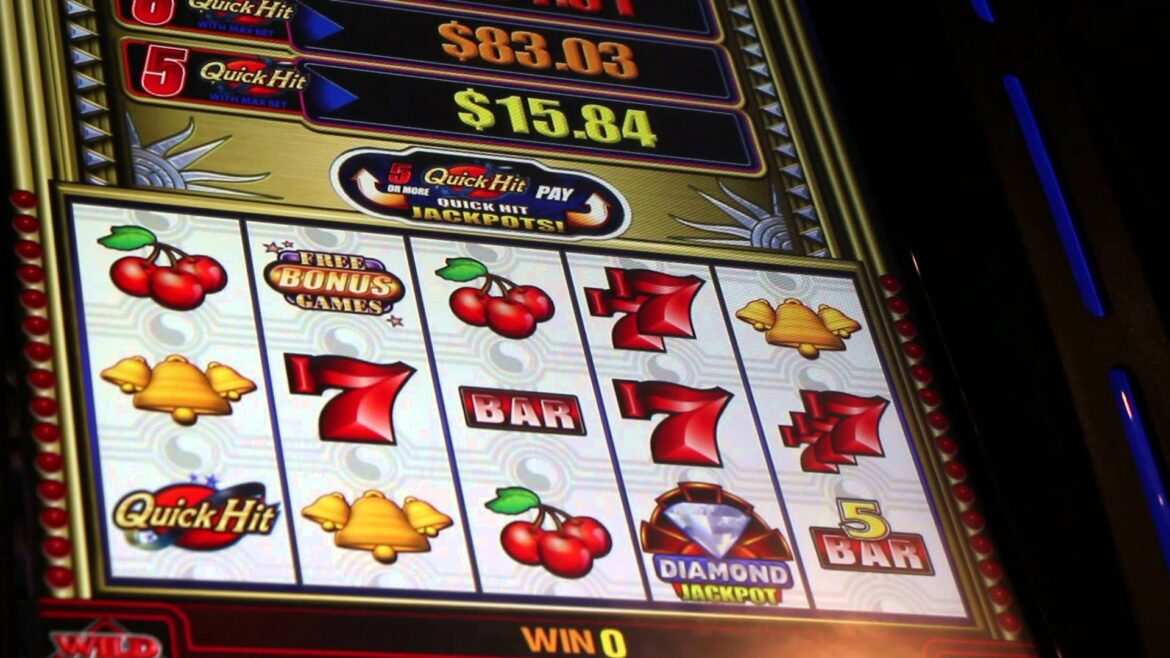 What are the types of slot machines?